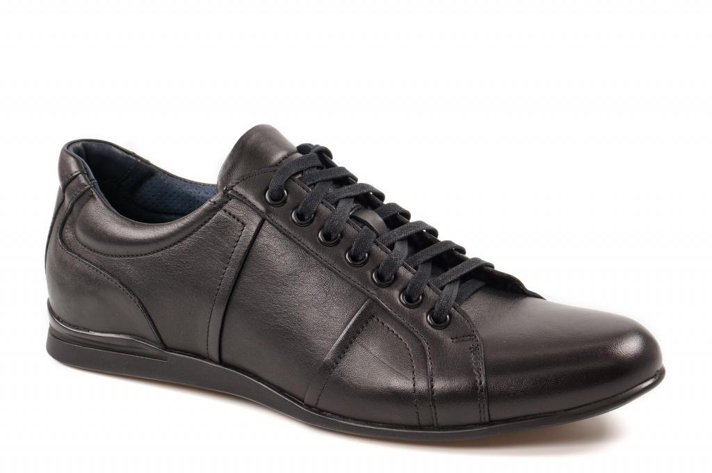1e90d6ffaf5 Meeste paeltega kingad. Sportlik stiil musta värv. Õhuke, lame tald.  Pealsematerjal: sile nahk. Sisevooder: naturaalne nahk + tekstiil. Tald:  termokumm.